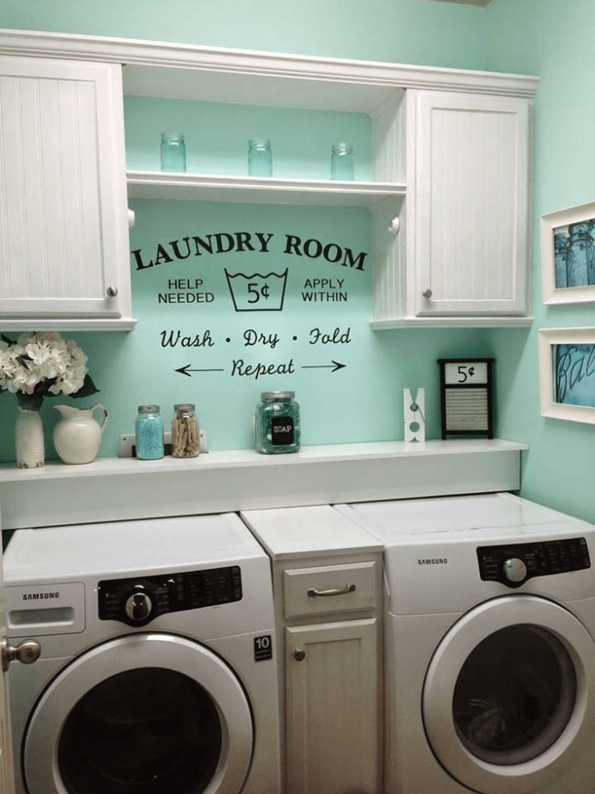 5b764946b790a01-small-laundry-room-design-ideas-homebnc