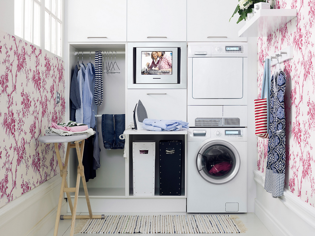 5b7649485aafa02-victoria-does-laundry-laundry-room-ideas-homebnc