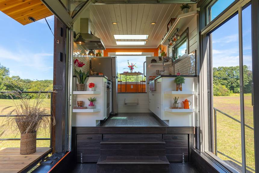 5bf3856784c1fnew-frontier-dunkin-donuts-tiny-house-4.jpg.860x0_q70_crop-smart