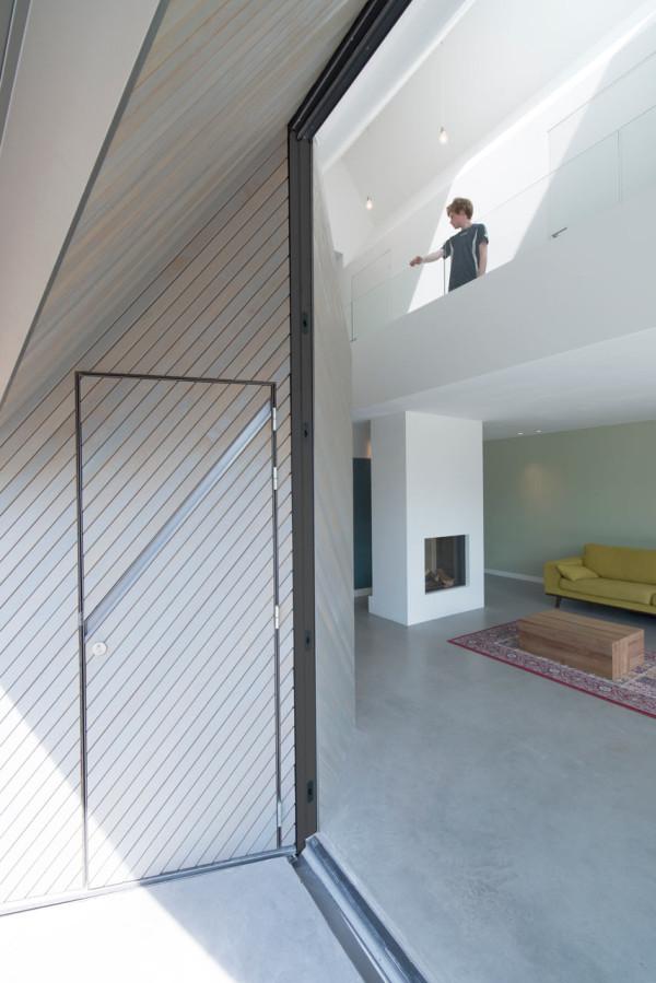 HOUSE-W-Studio-PROTOTYPE-12-600x899