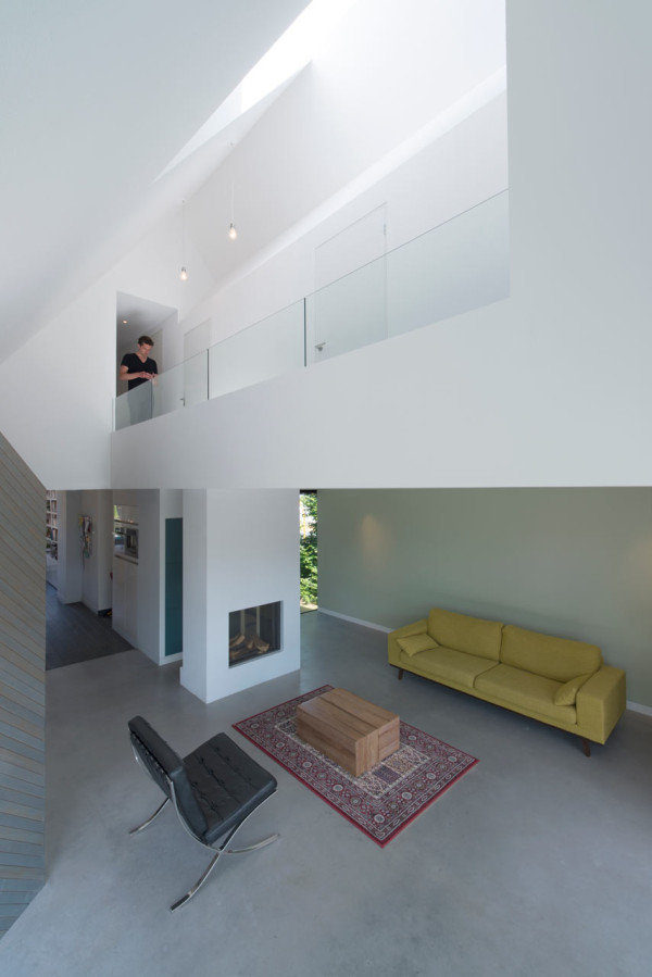HOUSE-W-Studio-PROTOTYPE-6-600x899