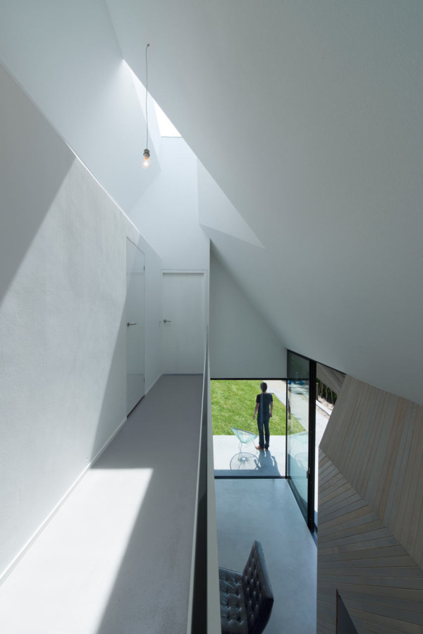 HOUSE-W-Studio-PROTOTYPE-8-600x899