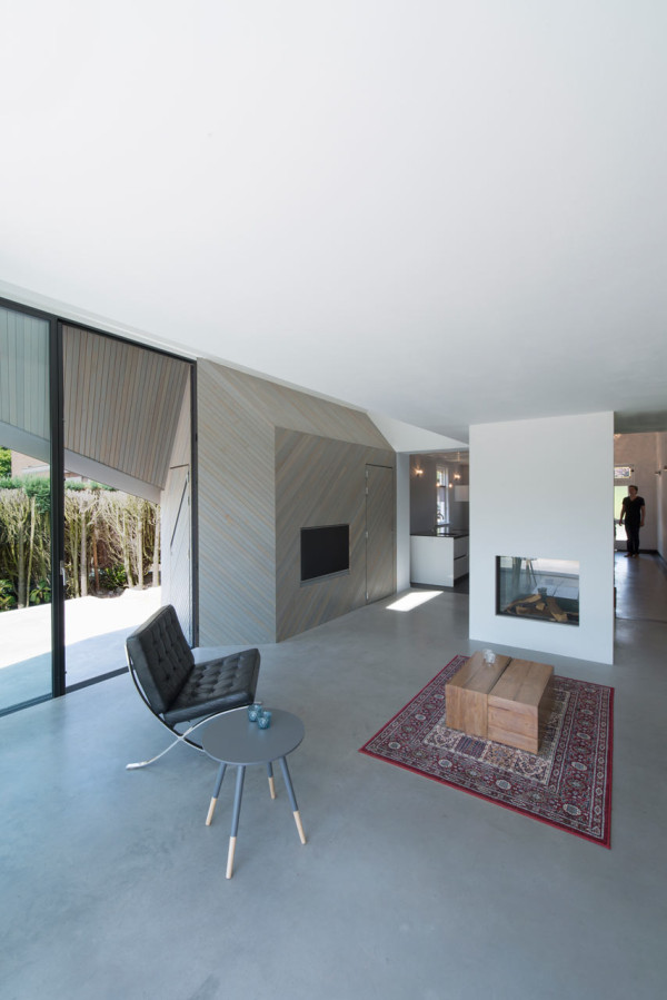 HOUSE-W-Studio-PROTOTYPE-9-600x899