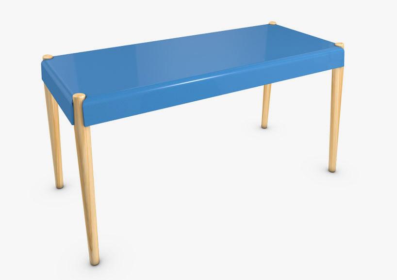 藍色長板凳