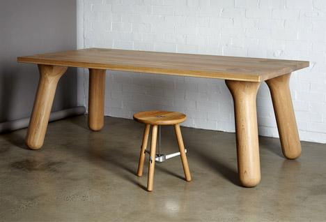 大胖桌腳餐桌照片