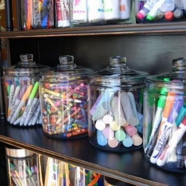 4-art-supplies-organized-mason-jars