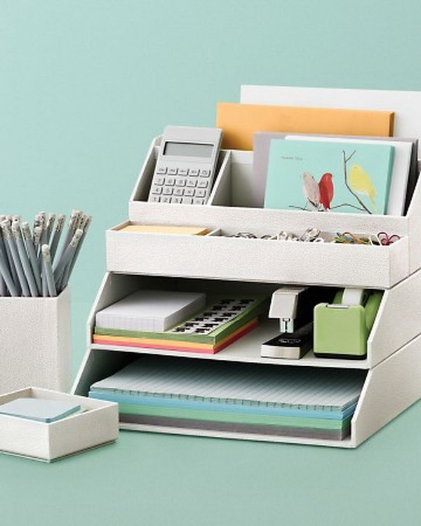 10-stackable-desk-accessories