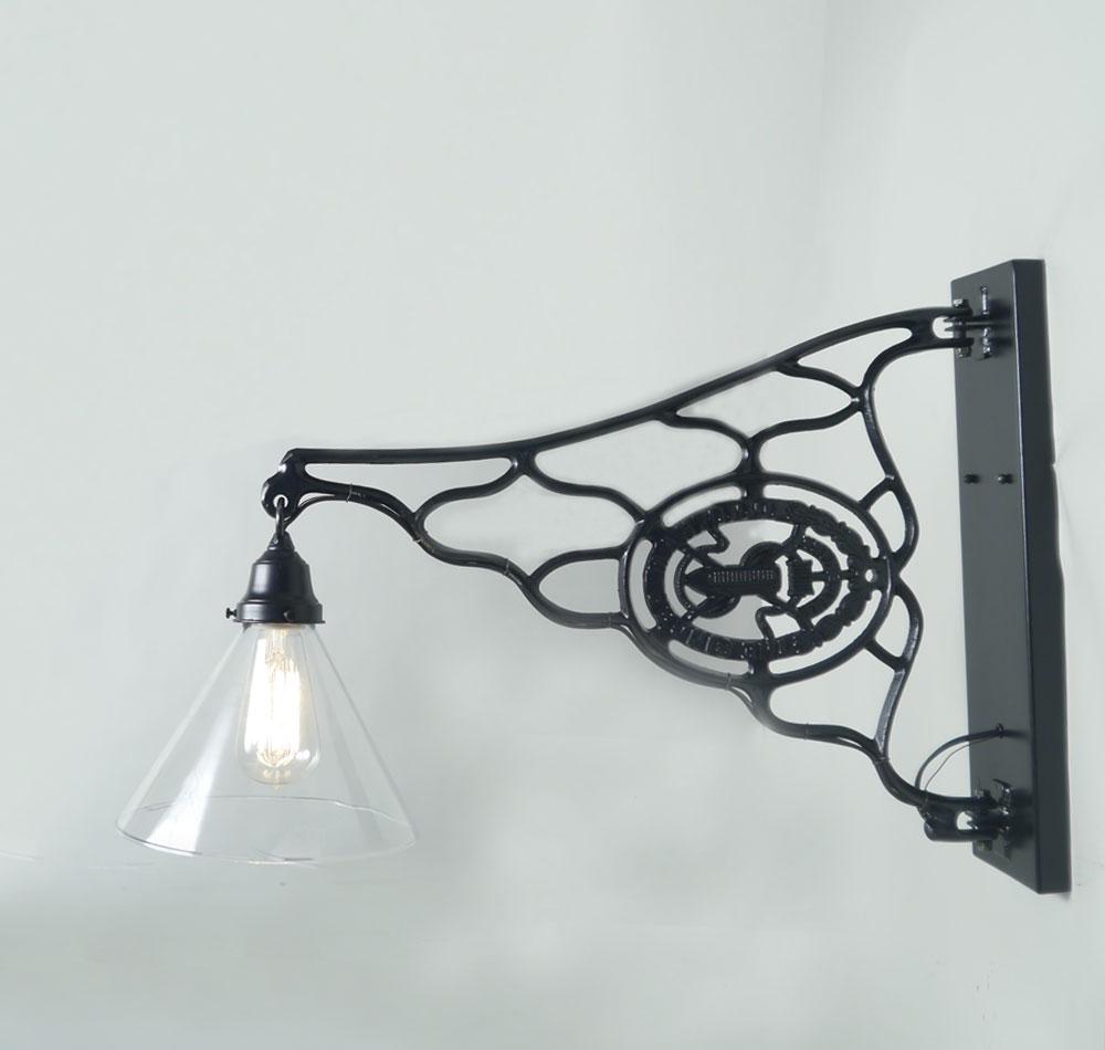 Singer壁燈