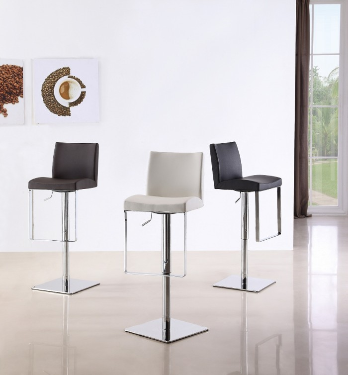 height-adjustable-barstools-700x754