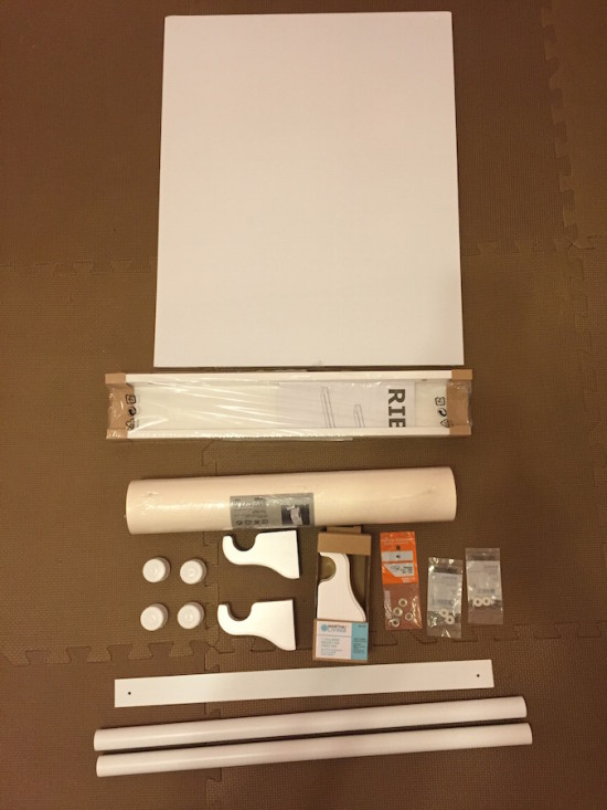 ikea_wall_mount_roll_paper_01-550x733