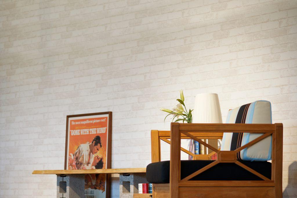 柚木單人沙發椅側面客廳情境照