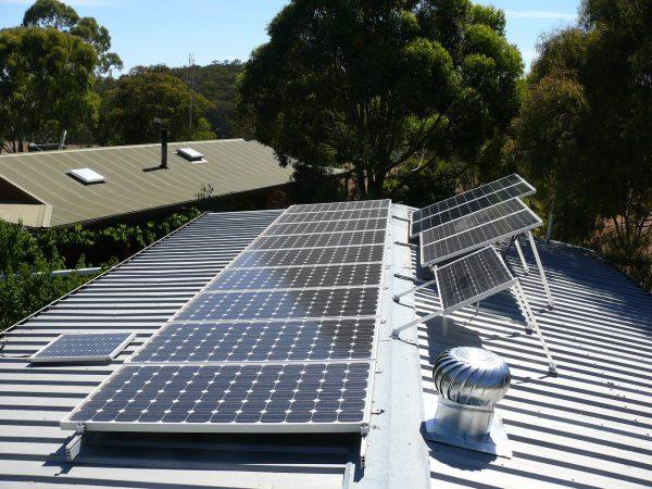 綠能屋頂全民種電