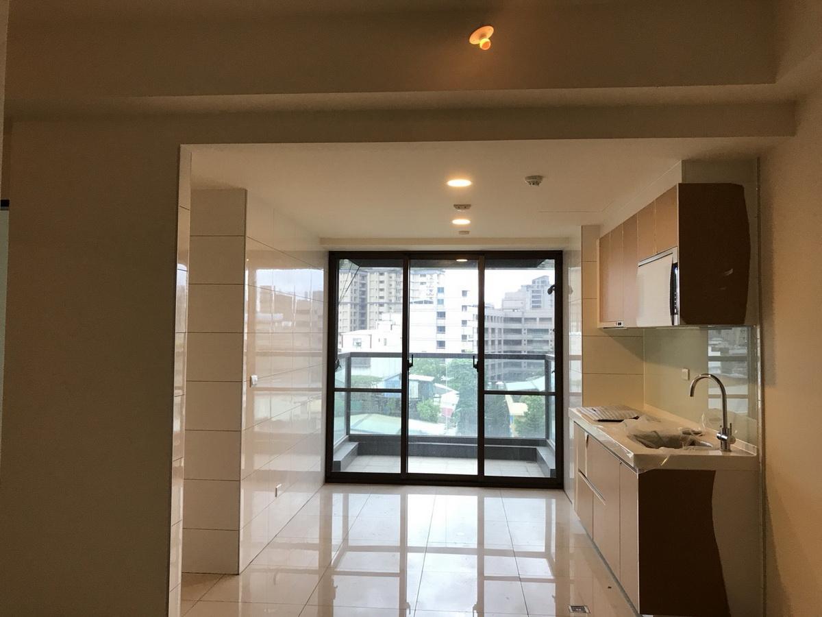 改造前的公寓廚房